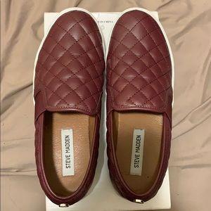 Slip-On burgundy